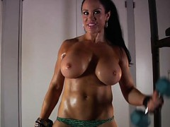 Samantha Kelly Huge Boobs Workout