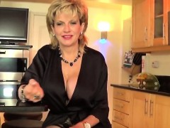 Unfaithful english mature lady sonia showcases her heavy boo