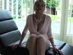 Unfaithful british mature gill ellis exposes her huge knocke