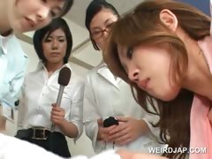 Asian female patients giving blowjobs in the hospital