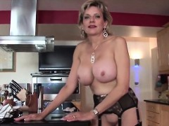Adulterous British Milf Lady Sonia Flaunts Her Large Tits