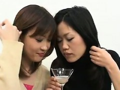 Amateur Japanese Girls Spitting A Lot