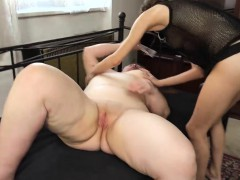 OldNanny Chubby busty granny masturbate with strapon and tee