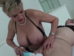 Unfaithful british mature lady sonia flaunts her huge tits