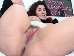 Chubby latina hairy pussy masturbating on webcam