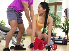 Asian teen seducing her coach at the gym