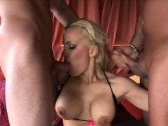Blonde Slut Is a Squirting fuck machine