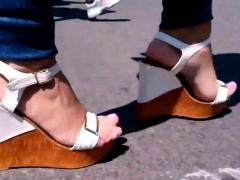 Crazy Foot Fetish In Public