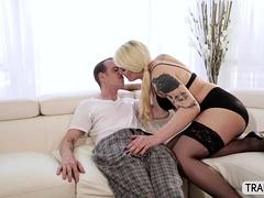 Tgirl Isabella Sorrenti Pleasures Her Customer Until He Cums